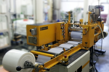 Institut f r kunststofftechnik universit t stuttgart for Ingenieur fur kunststofftechnik